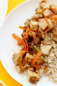 This crispy peanut tofu stir-fry is a 20 minute dinner that tastes absolutely delicious and is full of flavor. It's vegan, gluten free, protein packed, and incredibly tasty.