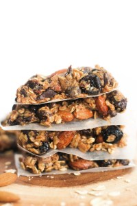These dark chocolate cranberry granola bars are vegan, gluten free, refined sugar free, and incredibly easy to make. They're made with minimal ingredients, are naturally sweet, and make for a great snack.