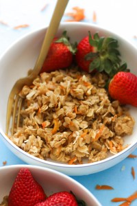 This carrot cake baked oatmeal is vegan, gluten free, refined sugar free, and absolutely delicious. It makes for a hearty spring breakfast that's filled with flavor!