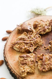 This almond quinoa brittle is vegan, gluten free, full of flavor, and takes minimal ingredients. It's full of flavor and makes for the perfect dessert!