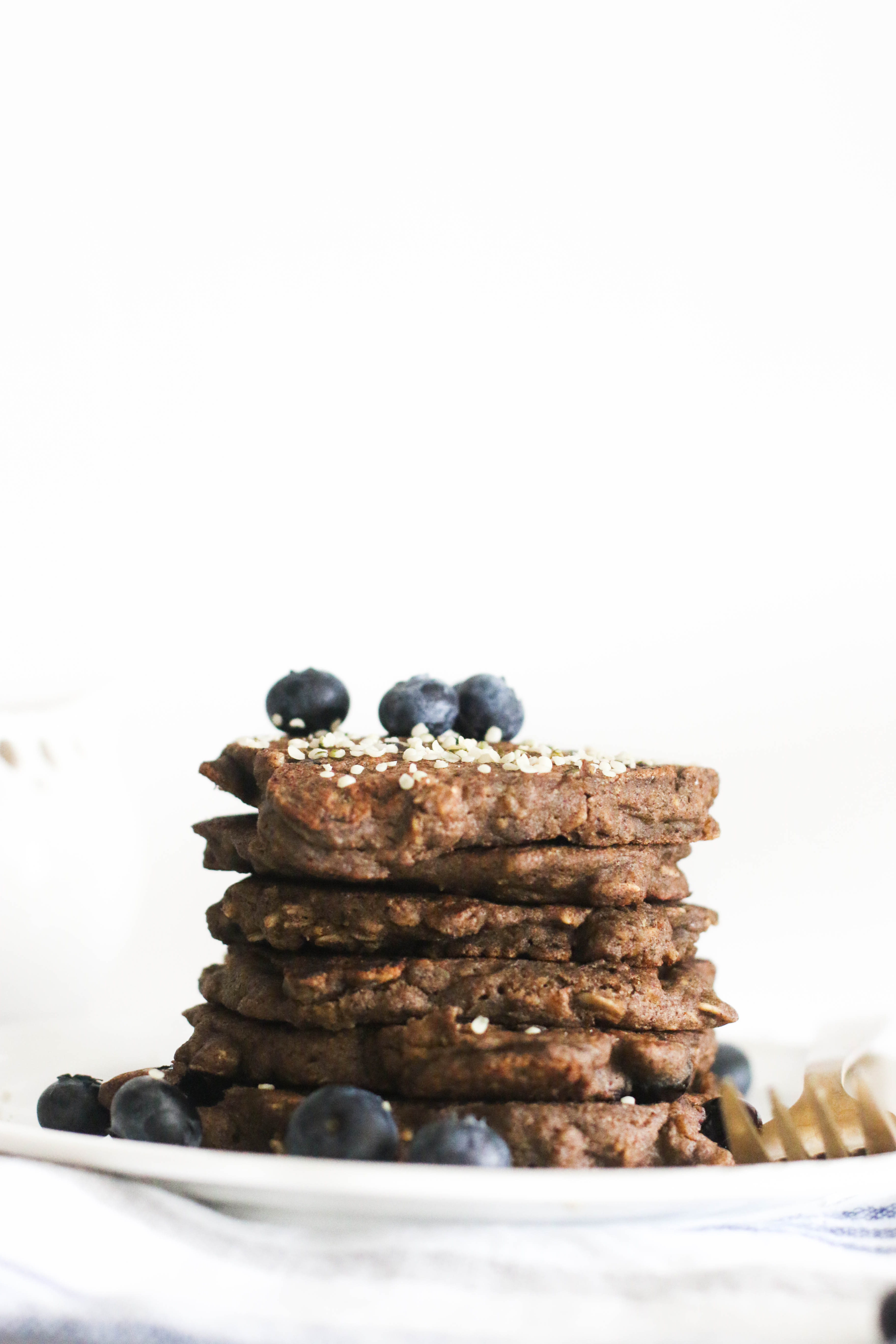 These blueberry buckwheat oatmeal pancakes are vegan, gluten free, refined sugar free, and delicious! Made with minimal ingredients and filled with flavor, they're a greatweekend brunch dish.