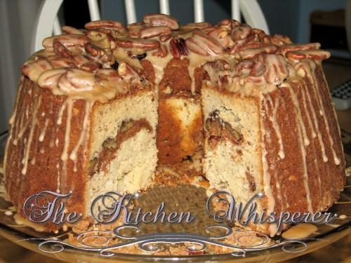 Sour cream Coffeecake with Cinnamon Pecan Streusel and ...