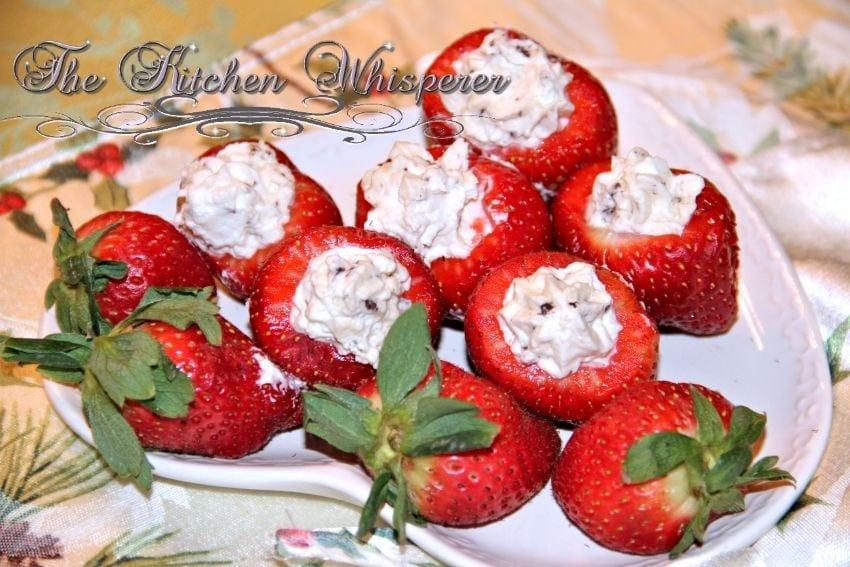 IrishCreamCheesecakeStuffedStrawberries1