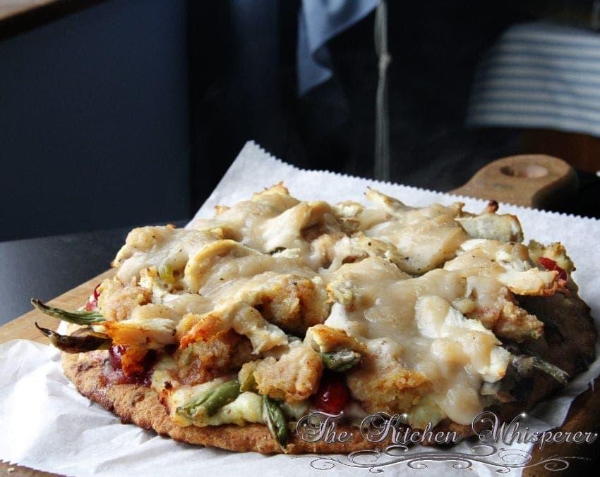 ThanksgivingGobblerPizza2
