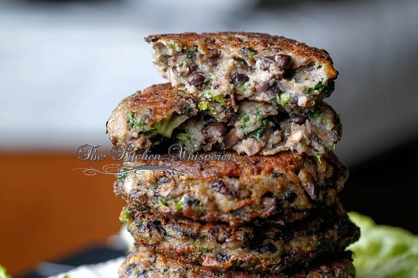 ChunkyPortabellaBlackBeanBroccoliPatty4