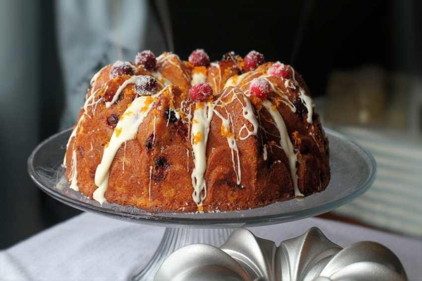 Swirled Orange Cheesecake and Cranberry Orange Bundt Cake3