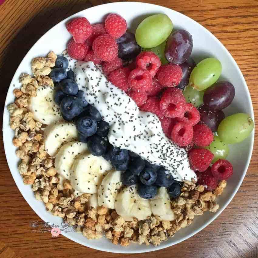 Berry Grape Power Yogurt Bowls2