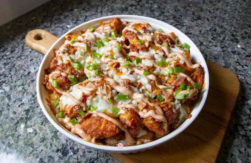 bbq-cracked-chicken-tot-cheeeesy-casserole2