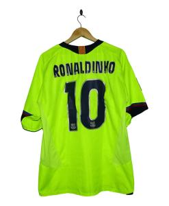 2005-06 FC Barcelona Away Shirt Ronaldinho