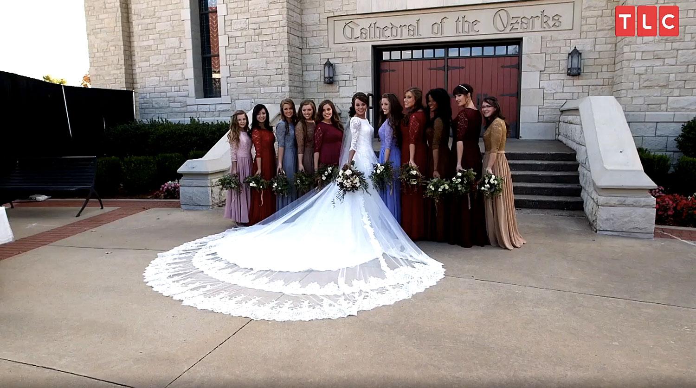 Jinger Duggars Wedding Dress Designer on Why Train Was So Long