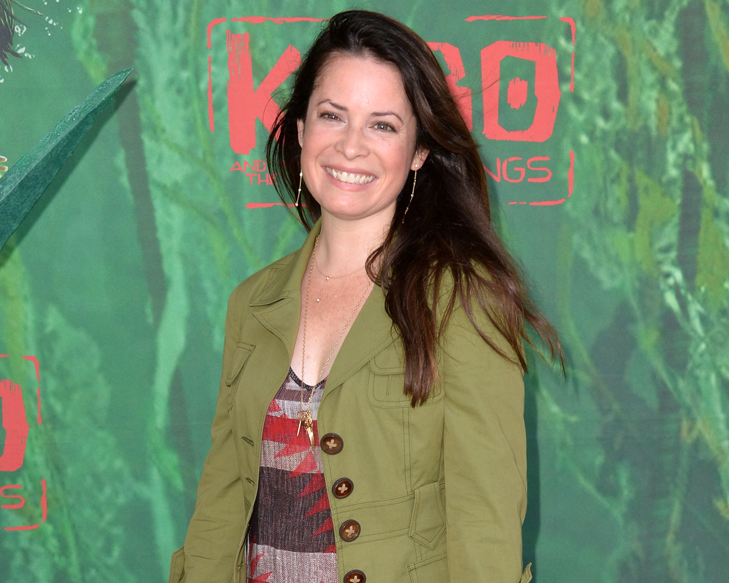 Charmed Star Holly Marie Combs Is Engaged See Her Ring