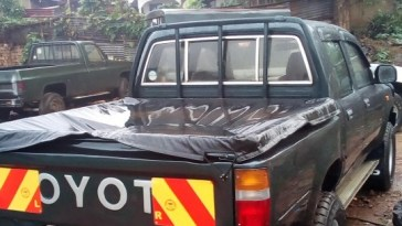 Cheap_Toyota_hilux_double_cabin_used_for_sale_kampala
