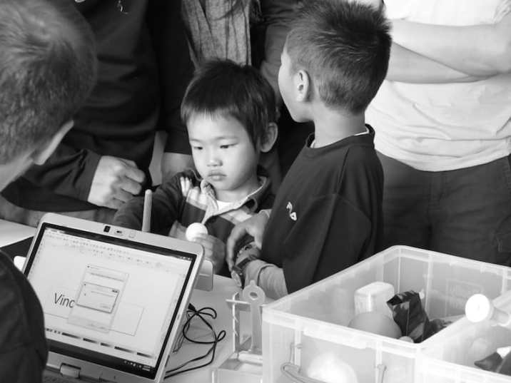 The next generation of makers checking out what is possible