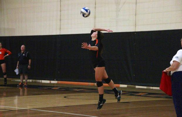 Horejsi serves to the start a point last season, very well on her way to leading the team in service aces (via Logan Hoejsi)