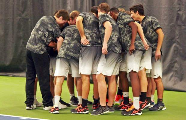 Men's Tennis February 2017 (Courtesy of Chuck Stull).