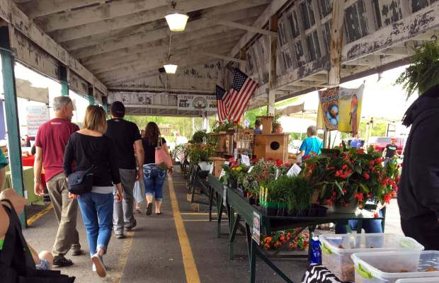 The Kalamazoo Farmer's Market features over 100 local businesses weekly (Meredith Ashton / The Index).