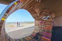 The Longest Bench (Little Hampton, West Sussex): www.studioweave.com/projects/detail/longest-bench