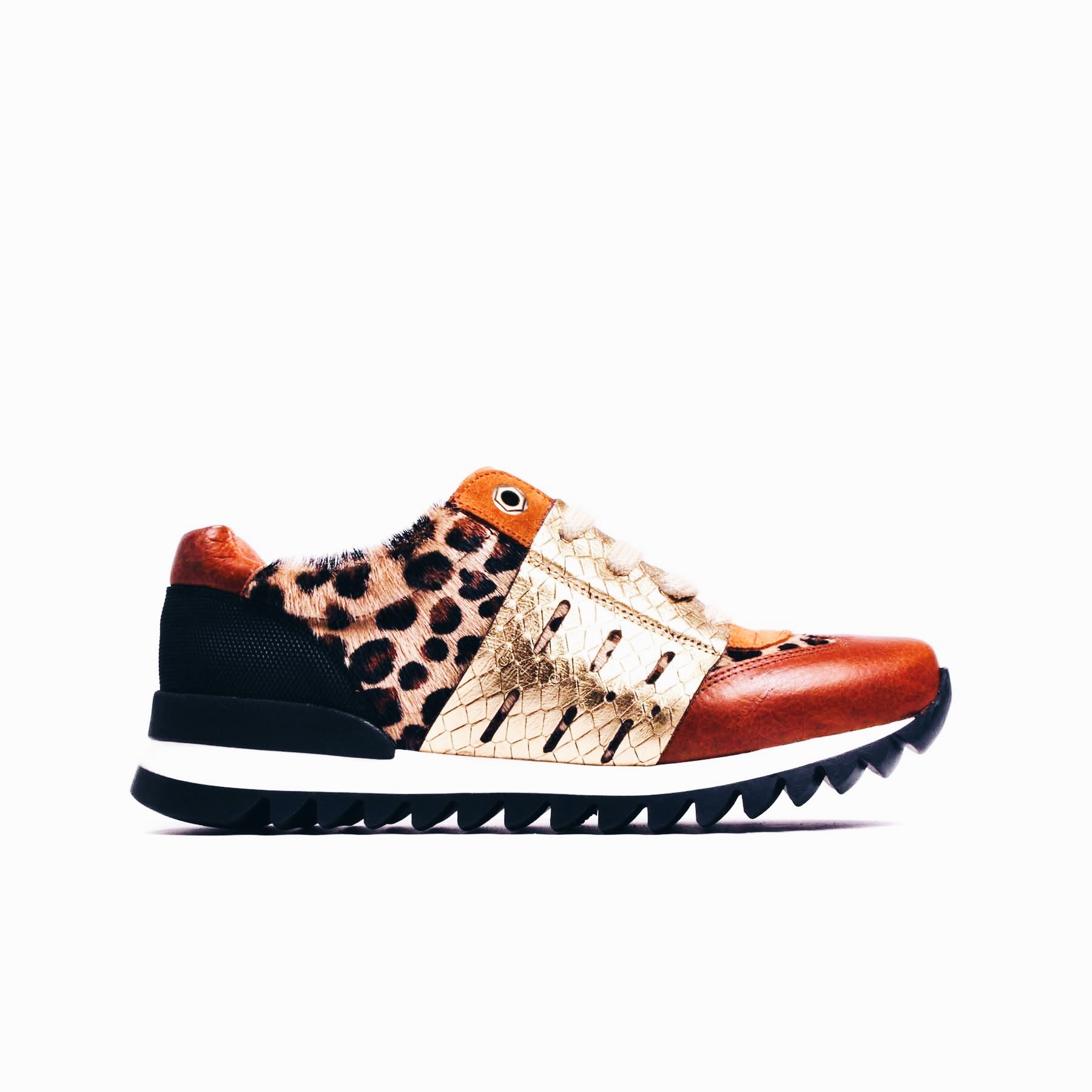L'intervalle Leopard Print SneakersLeopard Lovers Christmas Gifts | The Lady-like Leopard Blog
