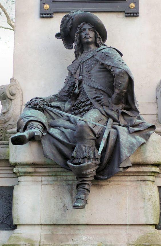Memorial, Alexandre Dumas pere, rear view