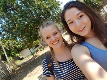 Tasja and Anna