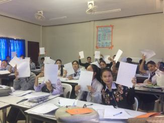 "Thai's ""English Writing"" class at SKU"