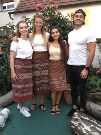 Half of Team VIII: Cornelia Proels, Anna-Sophia ten Brink, Mariana Dimtsiou, Thomas Pelka