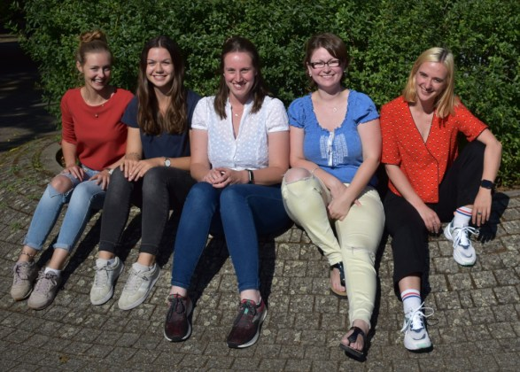 Leona, Leonie, Eleanor, Charlotte, Anne-Sophie