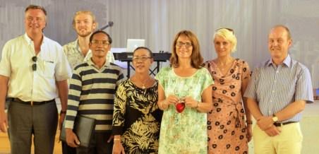 AfC visits KUE: Christian Engel (AfC Chairman), Johannes Zeck, Khamsing Nanthavongdouangsy and his spouse, Prof. Dr. Isabel Martin, Elke Sieber, Götz Schwab (KUE Vice-President)