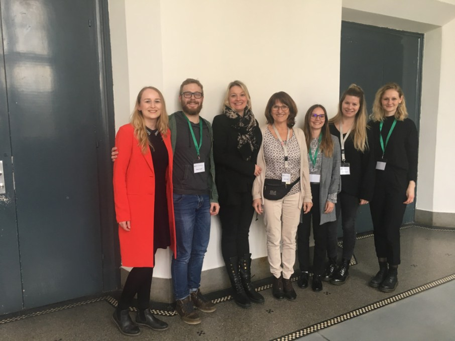 The participants from Karlsruhe University of Education at the conference: Sabine Rettinger and Isabel Martin in the middle, with our tutors and students. You may recognise Mr Fabian Stober, a member of Team VI.