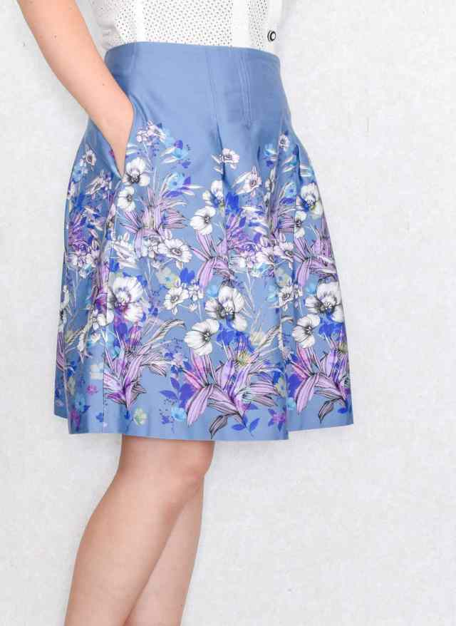 how to sew a skirt with pockets and kick pleats,