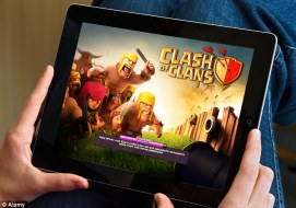 """1415356051559 wps 3 D4052K Playing the popula 1 - Ecco """"I magnifici 7"""" su Clash of Clans"""