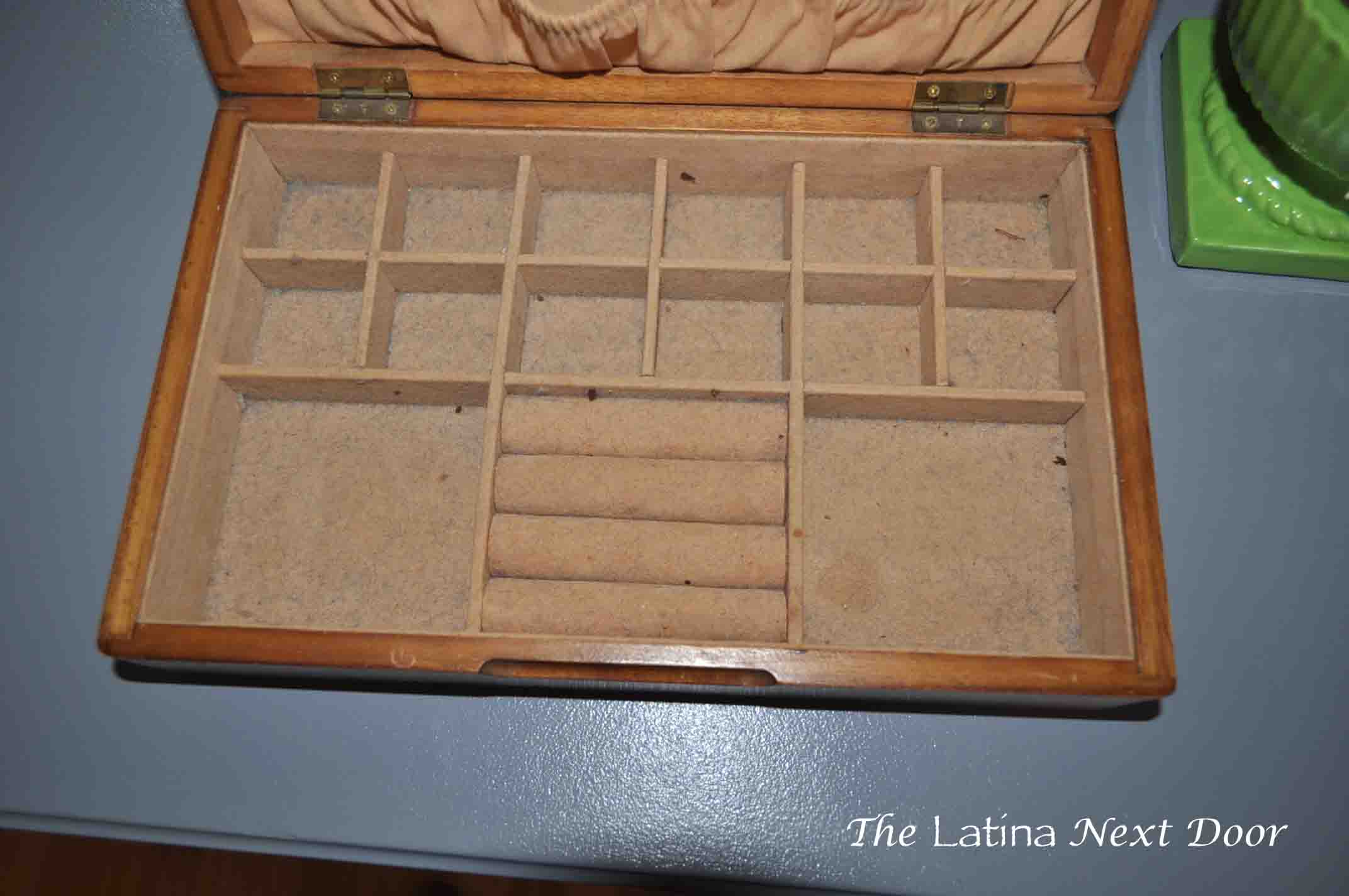 DIY Jewelry Box Makeover 3 Goodwill Jewelry Box Makeover for Under $6
