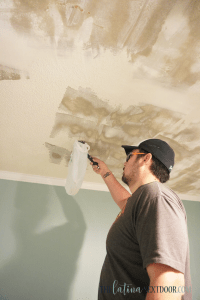 %name How to Remove Popcorn Ceilings Yourself 8