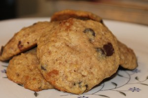 Chocolate Chip Applesauce Cookies | The Lazy Vegan Baker