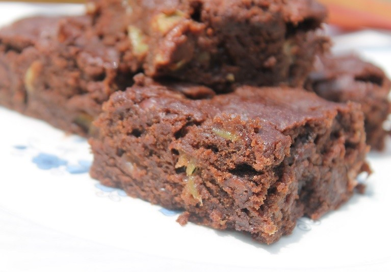 Rhubarb Brownies | The Lazy Vegan Baker