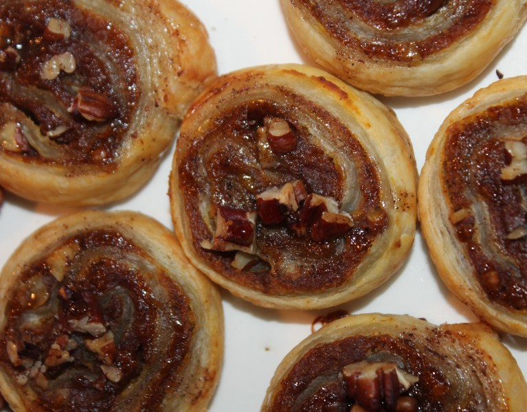 Pumpkin Pie Pinwheels | The Lazy Vegan Baker