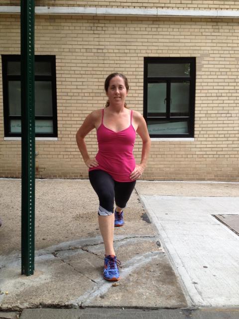 stretching hip flexor