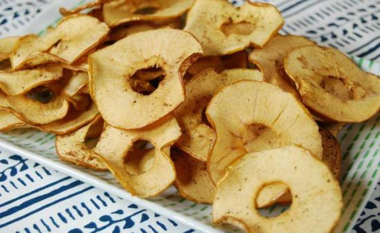 Try these Baked Apple Chips for a healthy, kid-friendly after school snack!