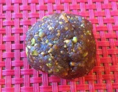 pistachio ball