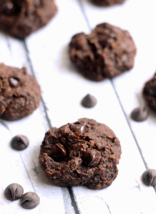 Black Bean Zucchini Cookies + 5 Healthy Ways To Eat Black Beans