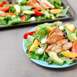 A light and fresh summer lunch, this Grilled BBQ Chicken Salad is simple, healthy and full of flavor!