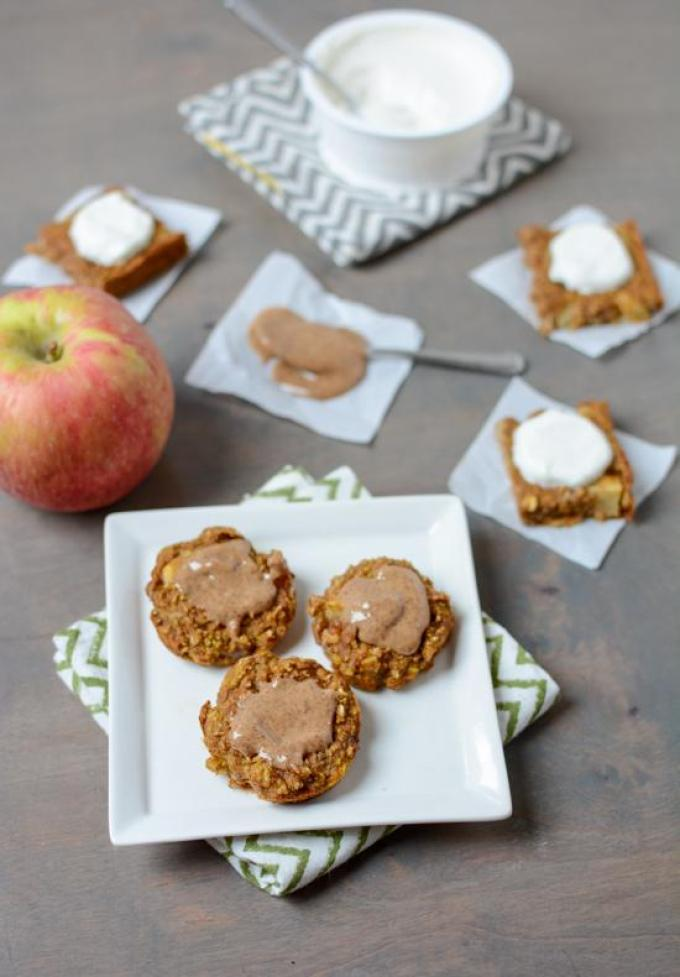 These Pumpkin Apple Baked Mini Pancakes are kid-friendly with no added sugar and are perfect for a fall breakfast or lunch!