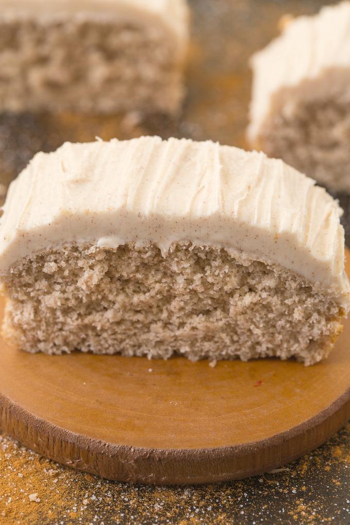 Cinnamon Bun Breakfast Cake