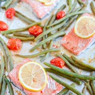 Sheet Pan Italian Salmon and Green Beans