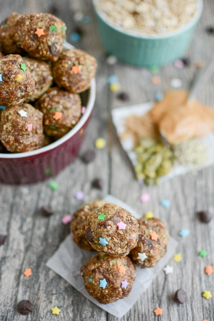 Peanut Butter Hemp Energy Balls made with oats and flax