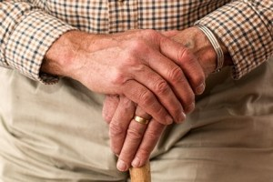 man-hands-waiting-33786-resize