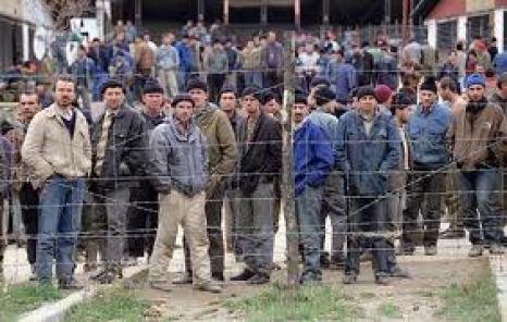 fema-camp-prisoners
