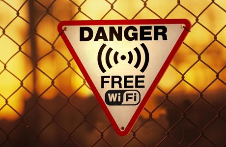WiFi-dangers-460