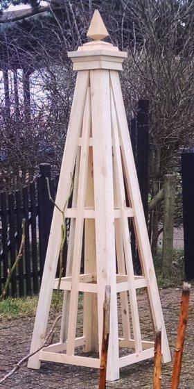 Rennie Wooden Garden Obelisk