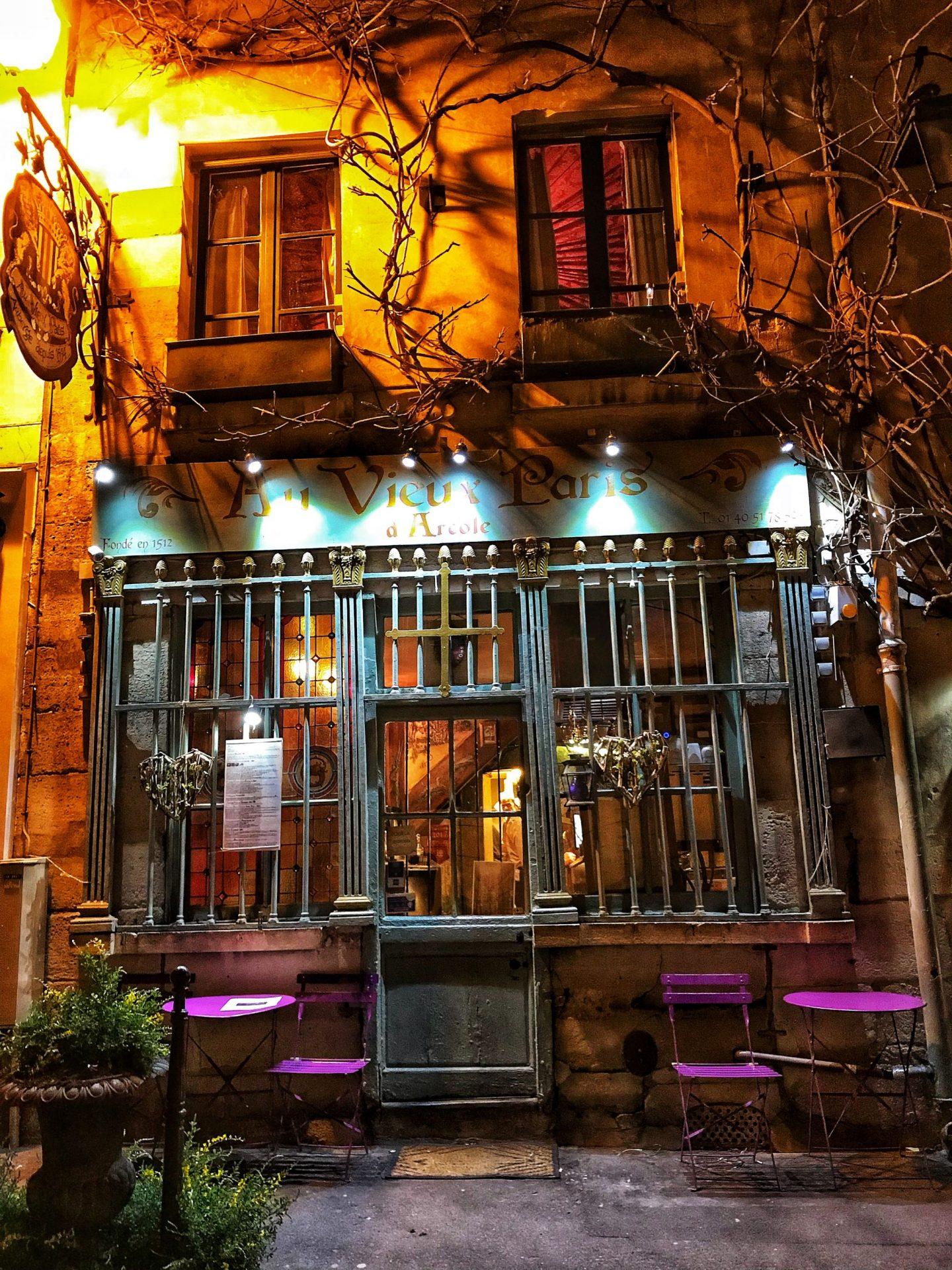 Au Vieux Paris D'Arcole Reataurant Exterior